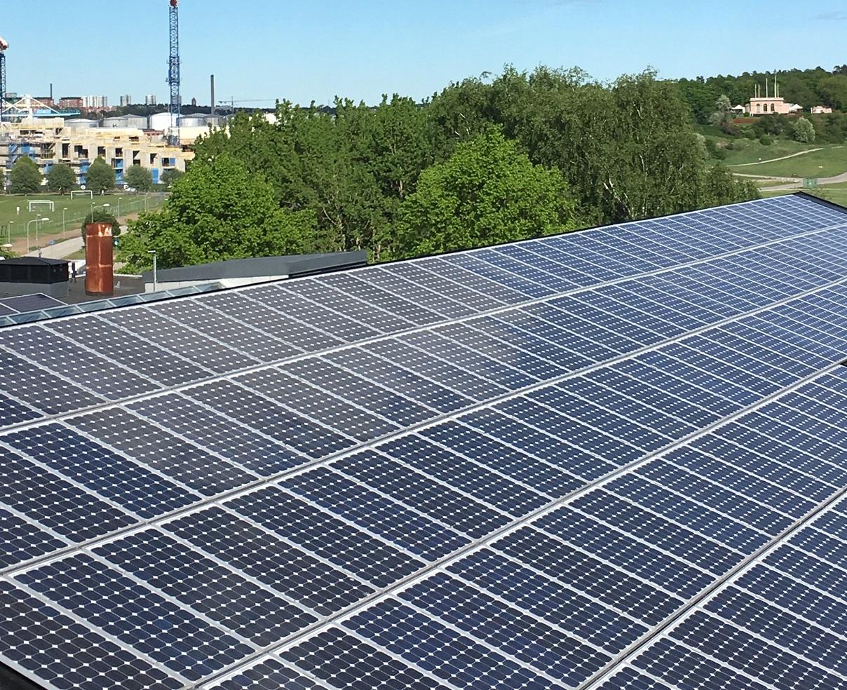 Solceller plåttak